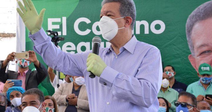 Leonel-Fernández.-1