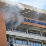Incendio afecta edificio administrativo de la UASD sin causar heridos.