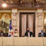 Abinader-durante-la-reunión-del-Consejo-de-Ministros. (1)
