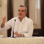 Abinader promete solución a juntas vecinos sin importar afiliación política